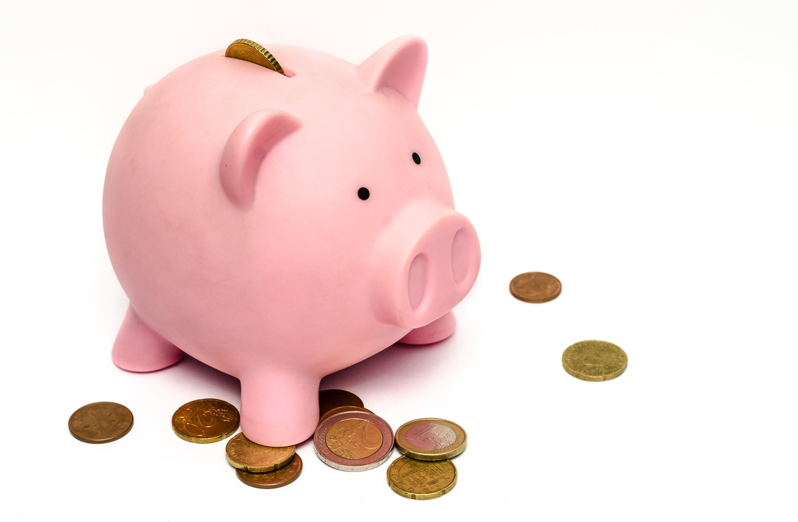 How to Save Money Moving House