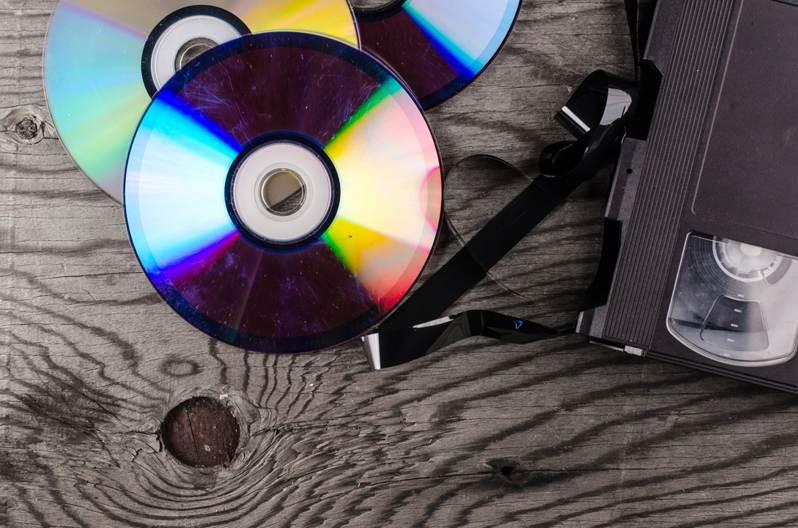 dvds-cds